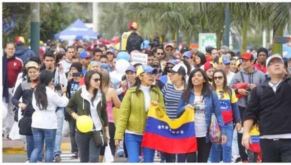Cerca del 50% de las empresas en Perú cuenta con trabajadores venezolanos