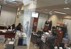 Detienen a trabajadores judiciales y un procurador por apropiarse de dinero de reparaciones civiles