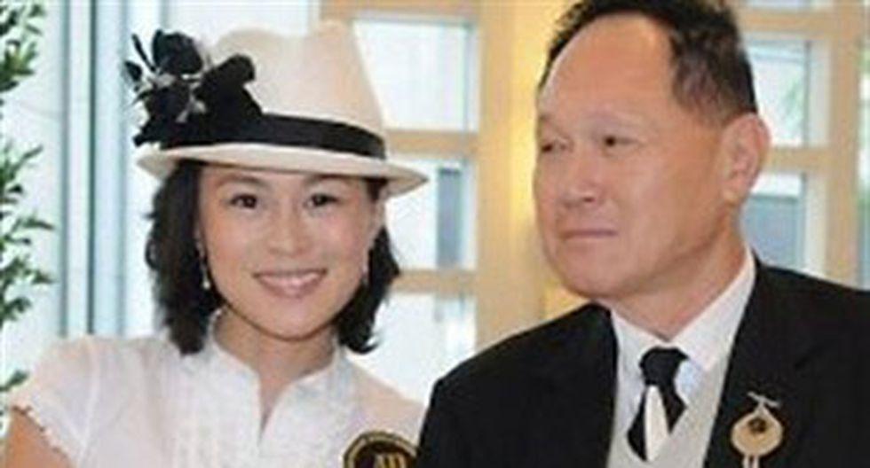 Ofrece 65 millones de dólares para el hombre que conquiste a su hija lesbiana