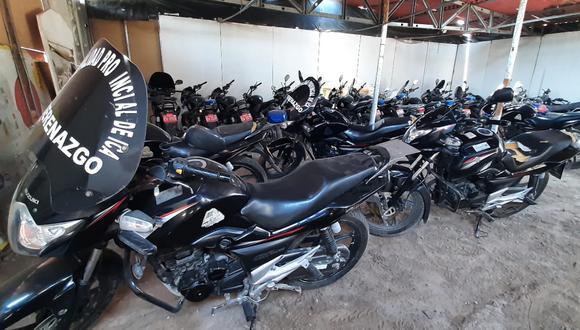 Alerta.   Así luce el taller de vehículos ubicado en el Campo Ferial de Ica, lleno de motos sin reparación.