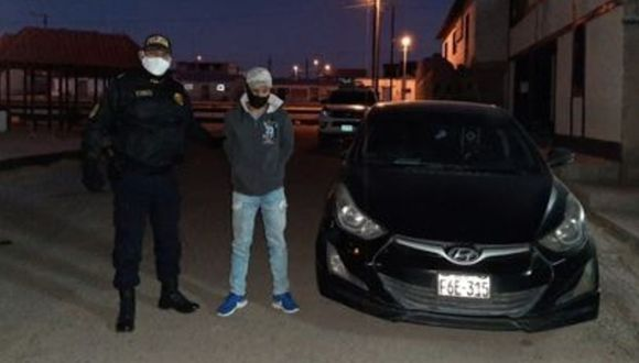 Arequipa: El conductor del auto de placa F6E-315, Pavel Jiménez Juárez (33), fue detenido con 29 kilos de clorhidrato de cocaína en el kilómetro 165 de la vía Arequipa – Puno.
