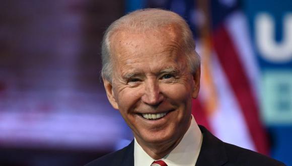 Mediante un comunicado, Joe Biden dio la bienvenida a la liberación de la ayuda gubernamental para su equipo de transición. (ROBERTO SCHMIDT / AFP)
