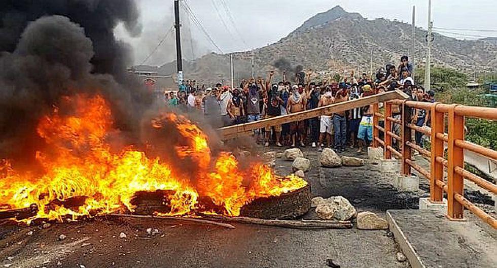 """Nuevamente los pobladores de Olmos bloquean vías de acceso a la """"Nueva Ciudad"""""""
