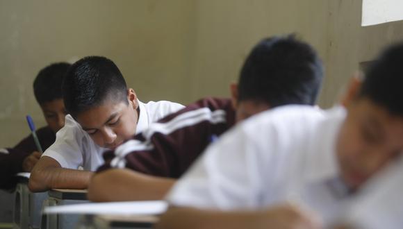 Presentan proyecto de ley que regula el monto de las pensiones en colegios privados (Foto: Diana Chávez/GEC)