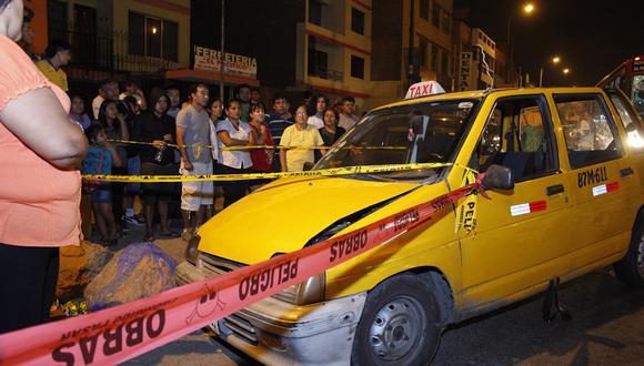 Taxista muere tras sufrir paro cardíaco mientras conduce
