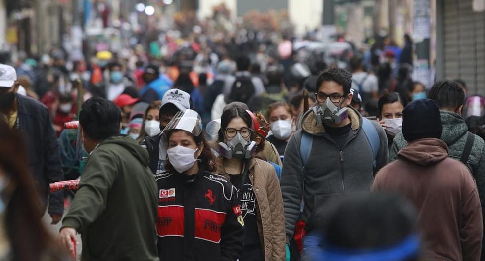 Jóvenes entre 20 y 27 años son los que más infringen las restricciones durante la pandemia (VIDEO)