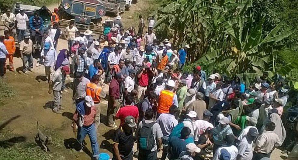 El Faique: Pobladores bloquean vías de acceso para exigir obras