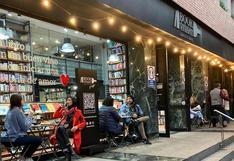 Librería 'Book Vivant' se pronuncia en Twitter sobre video que se le critica por vender libro de Sagasti