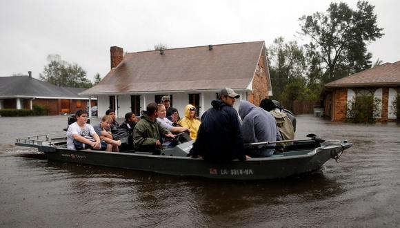 EEUU: Inundaciones dejan al menos 15 muertos