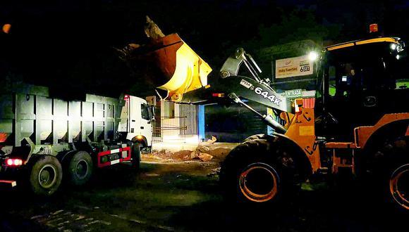 Inician demolición en el mercado El Progreso