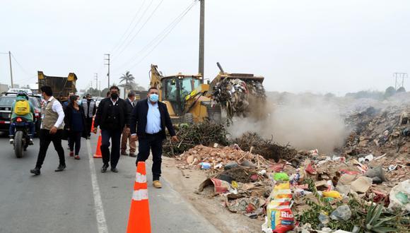 Trabajos de limpieza se hicieron en avenida Gonzales Prada y alrededores de la carretera Industrial. Se recogieron 600 m3 de desechos.