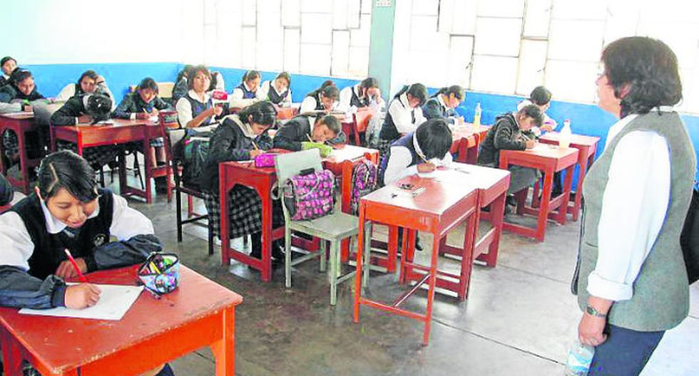 "Arequipa: Convocan a concurso ""Maestro que deja huella"""