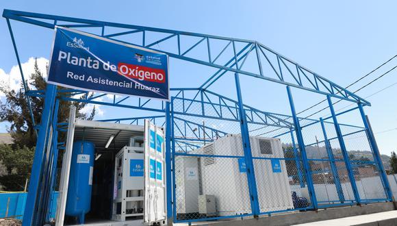 Áncash: una comitiva de EsSalud recorrió la nueva área de las plantas de oxígeno medicinal de alta tecnología del Hospital II Huaraz. (Foto. EsSalud)