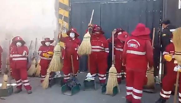 Trabajadores de limpieza pública amenazan con huelga indefinida