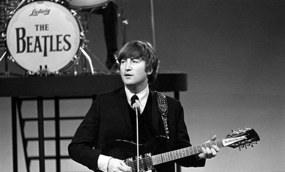 Venden piezas de guitarra favorita de Lennon por 27.700 euros
