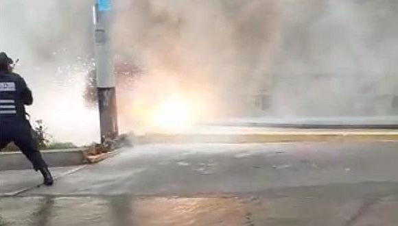 Mal clima derrumba cableado y amenaza con electrocutar a vecindario en Arequipa