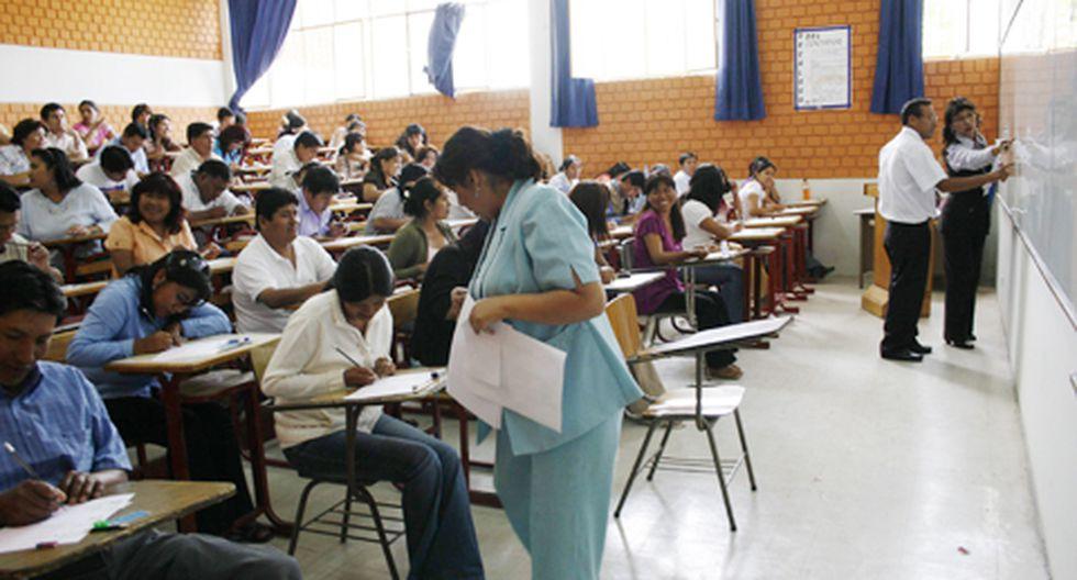 Adjudican 34 plazas de directores en colegios ileños