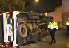 Cinco pasajeros heridos tras choque entre dos coasters del 'chosicano' en San Luis (VIDEO)