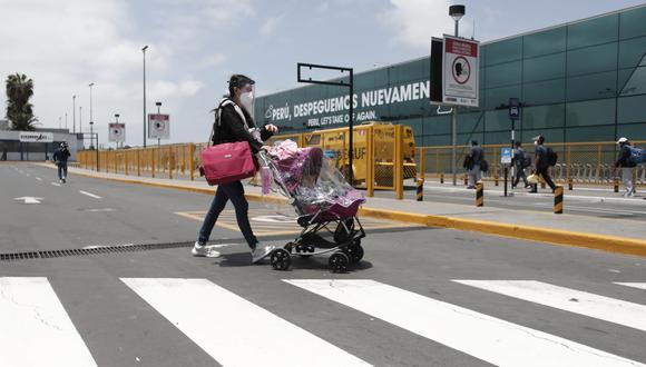 Los peruanos podemos ingresar a nueve destinos, todos dentro de América del Sur, mostrando solo nuestro documento de identidad. (Foto: Leandro Britto / GEC)