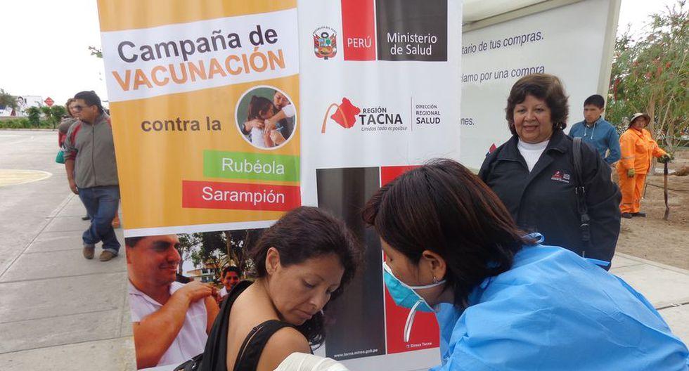 Sarampión: Vacunaron a 250 peruanos en la frontera con Chile