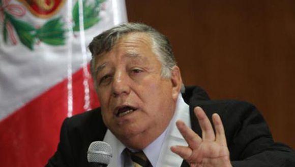 Juez Malzon Urbina pide destitución de alcaldesa Susana Villarán