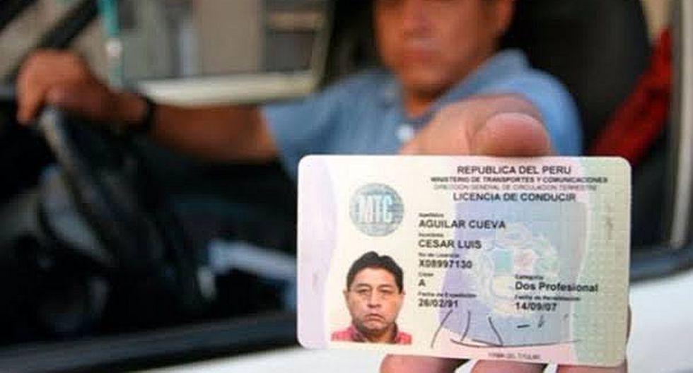 ¿Cómo renovar la licencia de conducir?