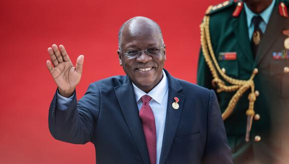El presidente de Tanzania, John Magufuli, declaró a su país libre del coronavirus, luego de realizar una campaña nacional de oración que duró tres días (Foto: AFP)