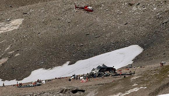 Suiza: 20 personas mueren en accidente de avión militar antiguo