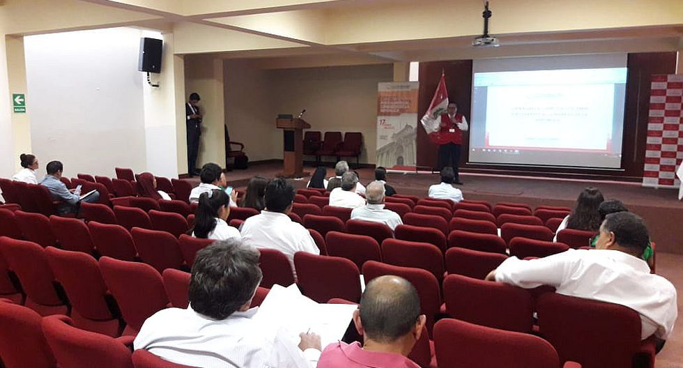 Candidatos al Congreso por Arequipa declinan a capacitarse con la Contraloria