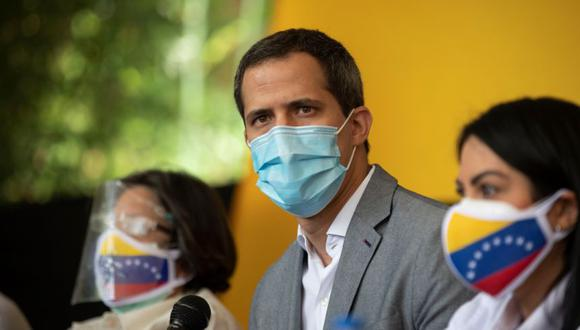 Juan Guaidó en peligro de ser detenido, según reveló su esposa. EFE/ Rayner Peña