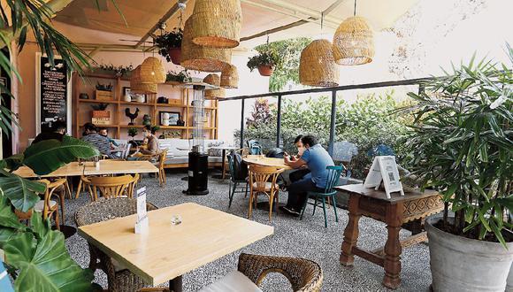 En plena campaña navideña, los restaurantes tendrán un impacto positivo al permitirse el uso de autos particulares los domingos. (Foto: GEC | Violeta Ayasta)