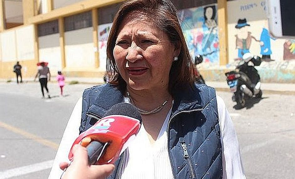 """Choquehuanca: """"Vilcatoma debe entender que no está bien que conduzca un programa en el Congreso"""""""