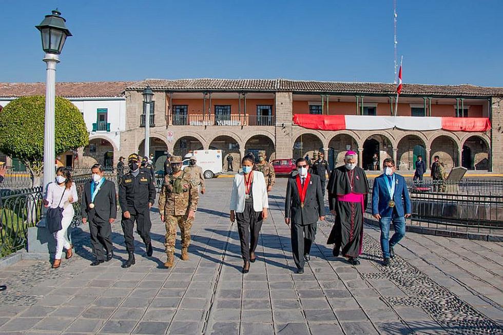 Ayacucho conmemora aniversario patrio