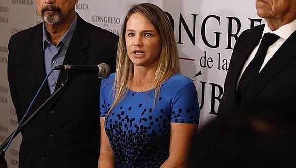Luciana León: Renuncia de Aráoz, Bruce y Choquehuanca es una pérdida valiosa para bancada de PPK (VIDEO)