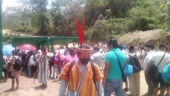 Los manifestantes señalaron que el paro será indefinido hasta que las autoridades regionales y del Ejecutivo lleguen a la zona. (Foto: Difusión)