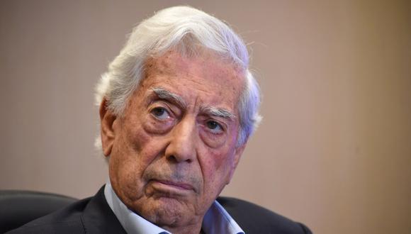 Mario Vargas Llosa inaugurará la XI edición de la Feria del Libro Zona Huancayo. (Foto: AFP / Orlando SIERRA)