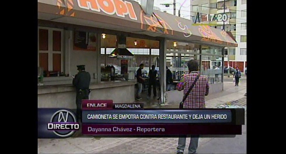 Camioneta chocó contra restaurante en Magdalena