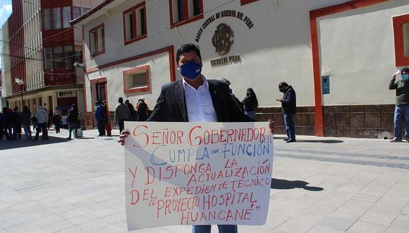 Huancané se declara en huelga de hambre por construcción de hospital