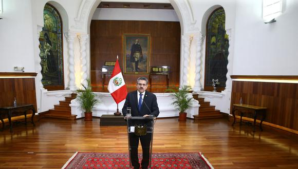 En un mensaje a la Nación, el presidente de la República, Manuel Merino, anuncia su renuncia a la Presidencia de la República. (Foto: Presidencia)