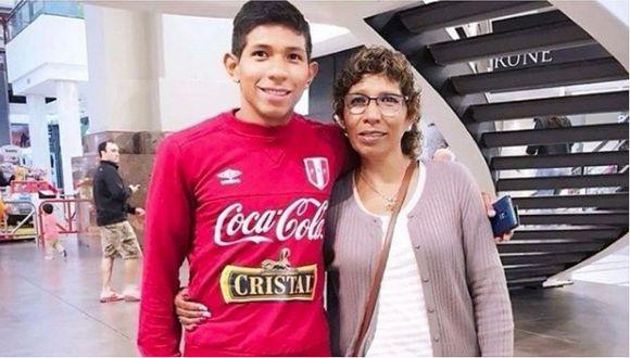 Mamá de Edison Flores reveló cómo reaccionó al enterarse que molestaban a su hijo por sus orejas (VIDEO)