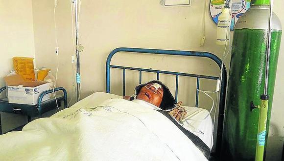 Denuncian que profesor podría morir por golpiza de dos Policías en Puno