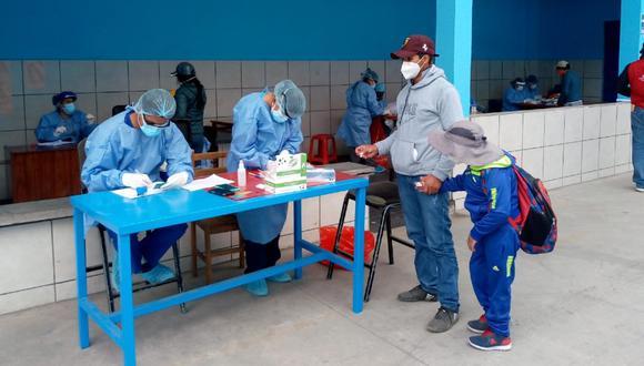 Puno: Trasladan a la región altiplánica en viaje humanitario a niño con discapacidad y su padre junto que llegó a Lima por un tratamiento médico y quedaron varados por la cuarentena. (Foto MTC)