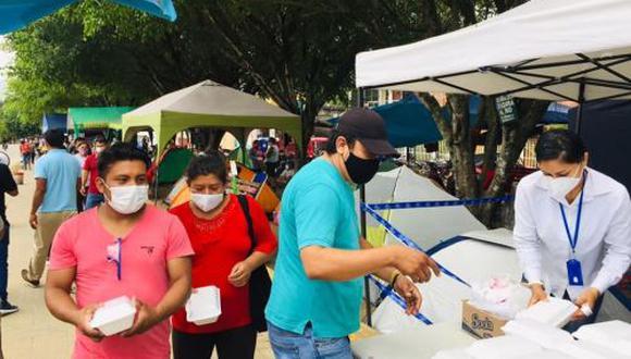 San Martín: voluntarios entregan almuerzos a familiares de pacientes con coronavirus (Foto difusión).