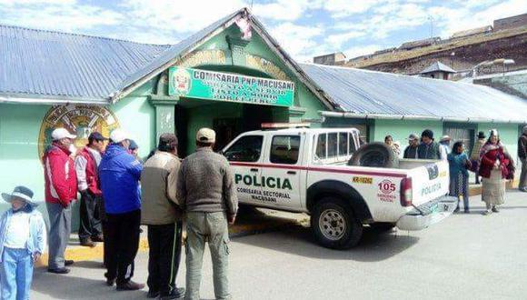 Acusado fue detenido por los efectivos de la policía para cumplir con las investigaciones.