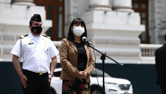 La presidenta del Congreso, Mirtha Vásquez, anunció nuevas medidas para evitar contagios de COVID-19. (Foto: Jesús Saucedo / @photo.gec)
