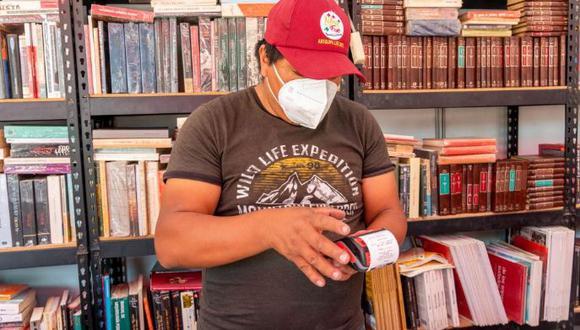 Compras de libros y productos se pueden realizar desde las 7:00 horas