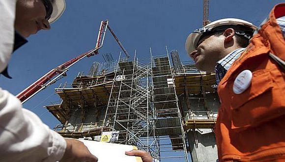 Victoria Nacional, Renovación Popular y Perú Podemos han coincidido en apuntar hacia la eliminación de las barreras burocráticas para lograr una verdadera promoción de la inversión privada durante los próximos años.