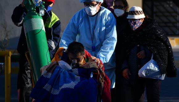 Una señal de la aceleración de la pandemia en la región es Perú que superó el miércoles los 400.000 casos de coronavirus, una cifra que México había alcanzado un día antes. (Foto: Diego RAMOS / AFP)