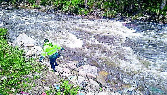 Pasco: Intensifican búsqueda del cuerpo de un menor que cayó al río en Quiparacra