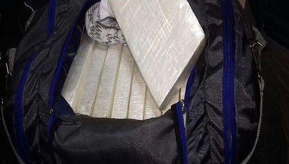 Incautan 18 paquetes de droga con destino a Desaguadero
